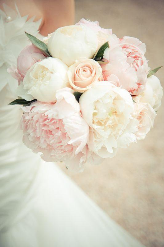 Votre bouquet de mariée avec des Pivoines