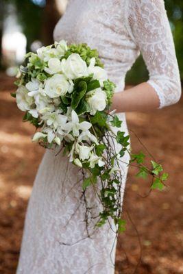 "Bouquet de mariée en ""cascade"""