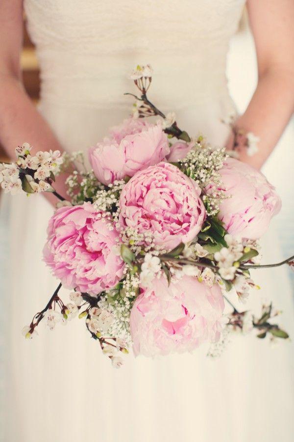 Bouquet de mariée de forme ronde